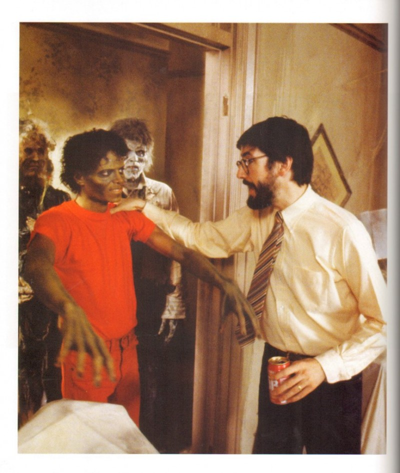 michael-jackson-the-making-of-thriller-book-6.large.jpg