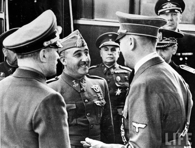 Francisco_Franco_Adolf_Hitler_Hendaya.jpg