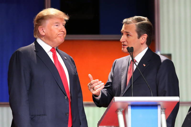 Trump-and-Cruz-SC-debate-1-14-16.jpg