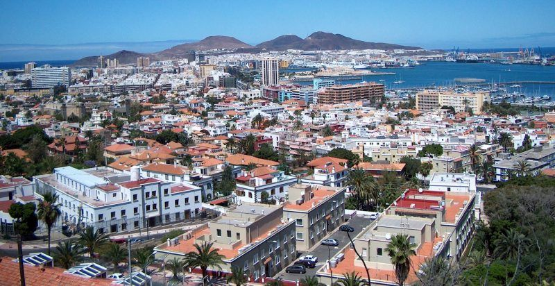 las-palmas-de-gran-canaria-panoramic-view-over-the-city2_large.jpg