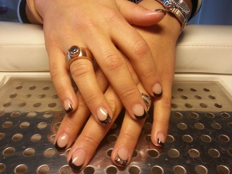 French Manicure Black&Gold