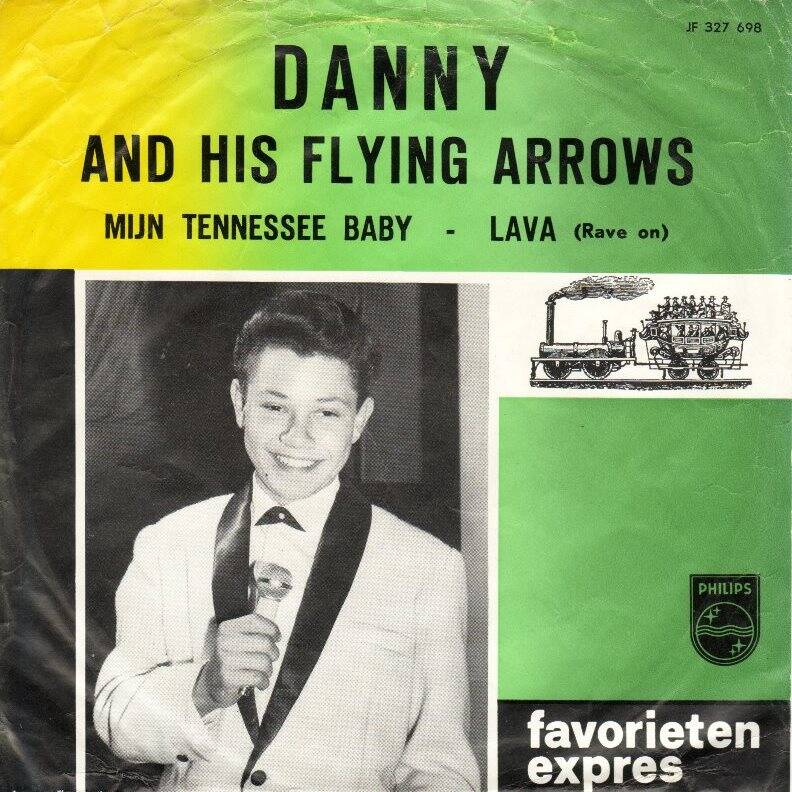 dannyflyingarrows.jpg