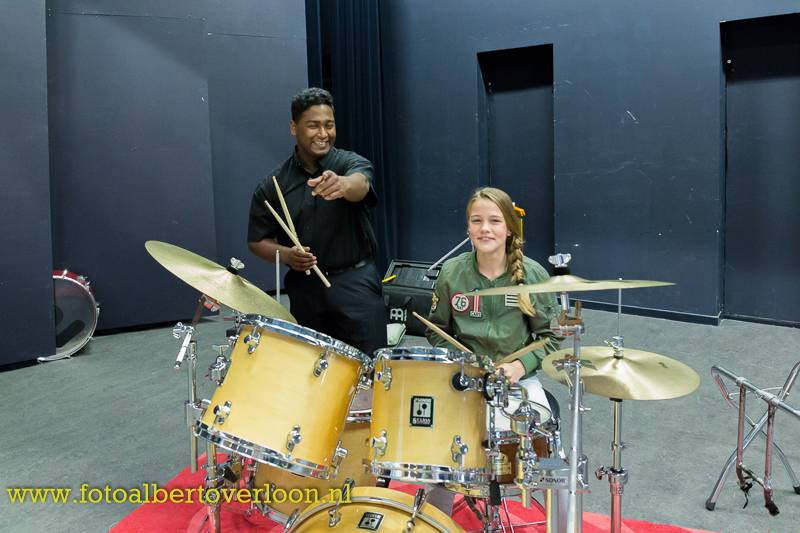 drums-R-fun22.jpg
