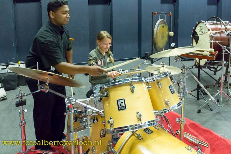 drums-R-fun23.jpg