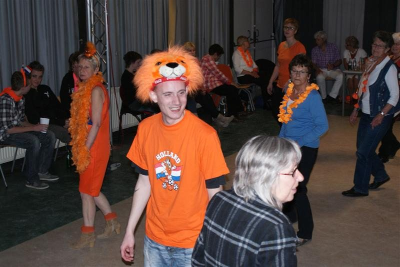 oranje-vrijdansavond-29-april-willem-9.large.jpg