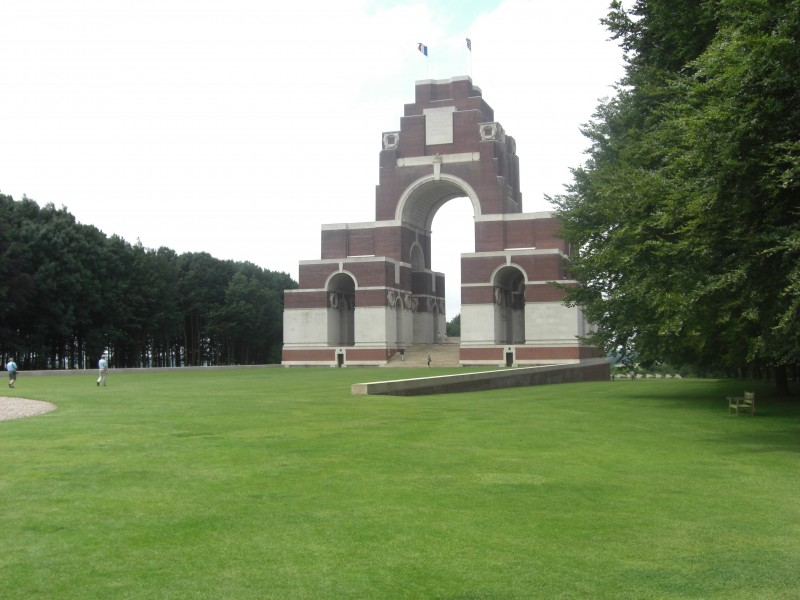 thiepval-memorial.large.jpg