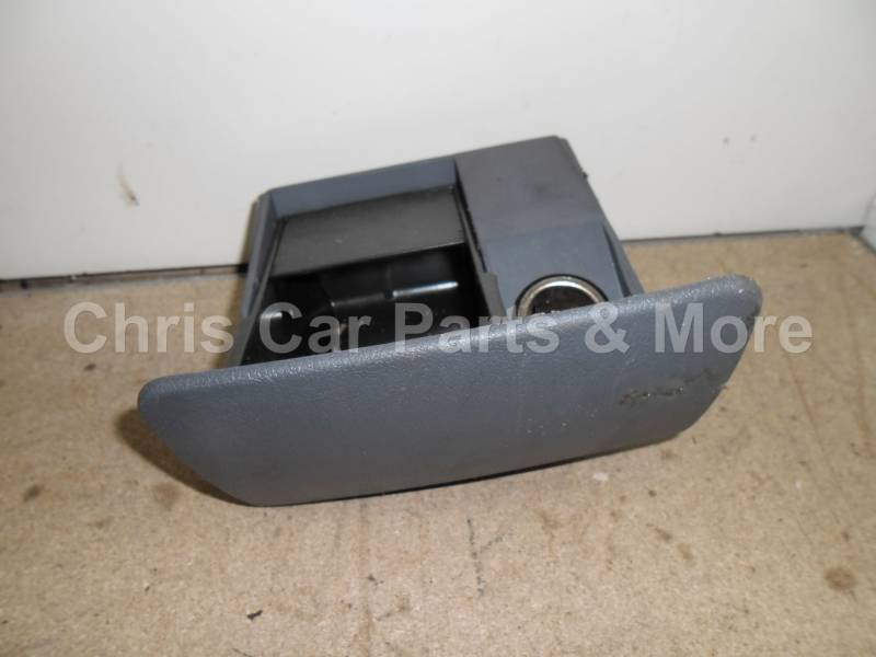 Ford Fiesta mk4 / Mazda 121 / Ford Courier dashboard deel nr11
