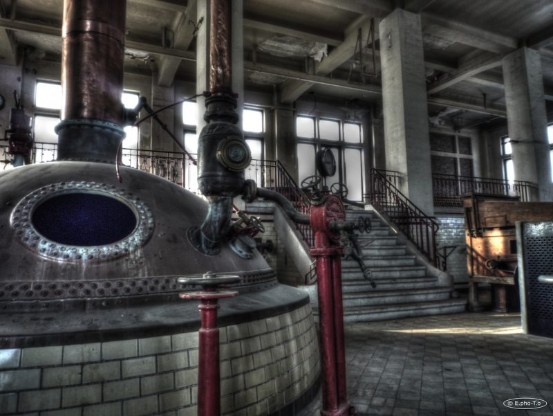 urbex-abandoned-brewery9.large.jpg