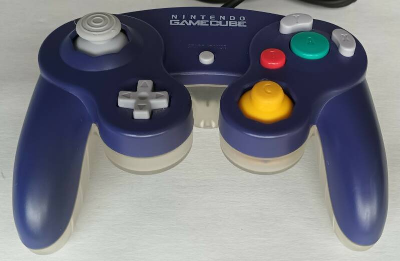 Gamecube - Controller Violet Clear DOL-003 (region free) unboxed