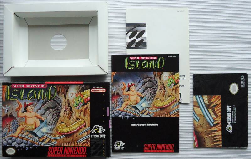Super Nintendo - Super Adventure Island | box with instruction booklet, poster and inserts (USA) no game