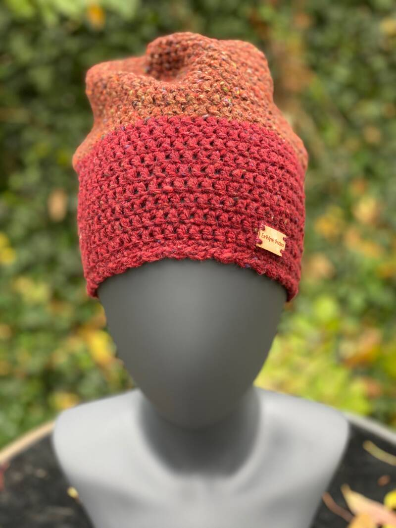 Two-Tone Beanie - Brickbrown & Bordeaux