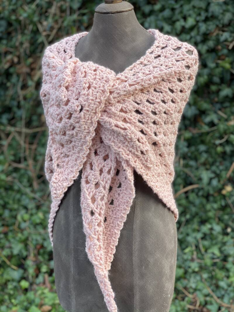 Chunky Hug - soft pink, no-wool