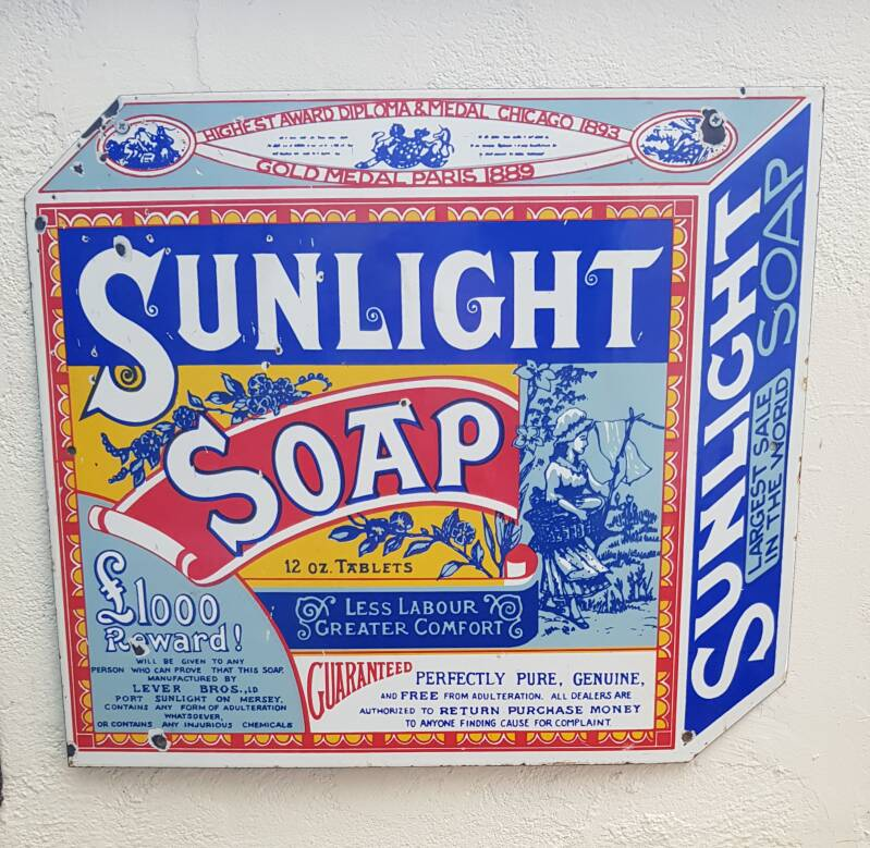 Emaille bord Sunlight soap