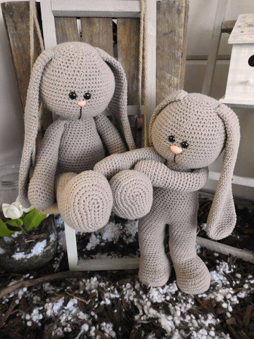 52. XXL Funny Bunny Basic taupe (staand of zittend)