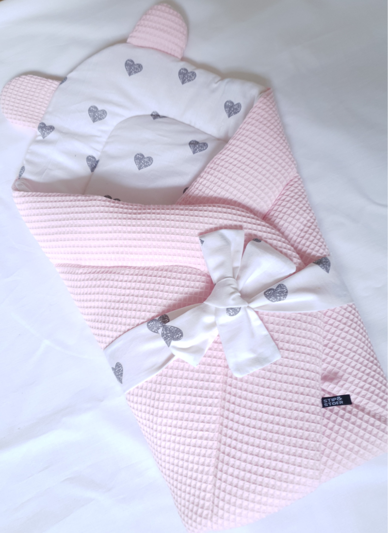 Swaddle hearts