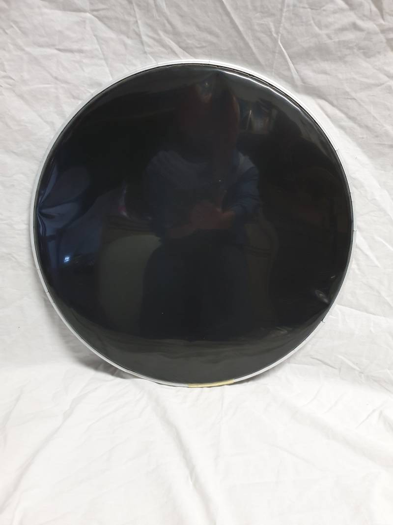 "USED 18"" front drum head black"
