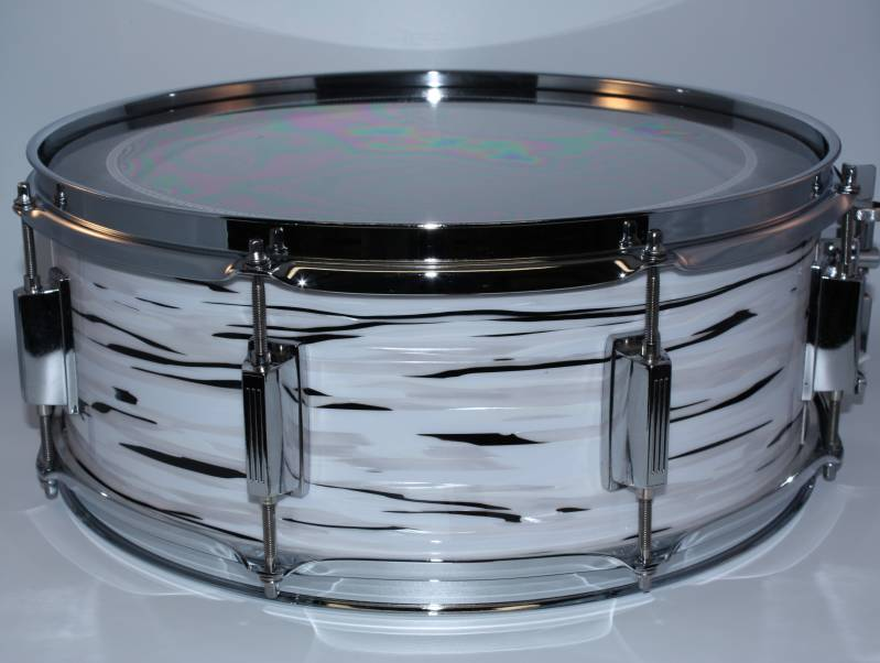 "NEW CUSTOM MADE SNARE ""THE OYSTER WHITE 15"""