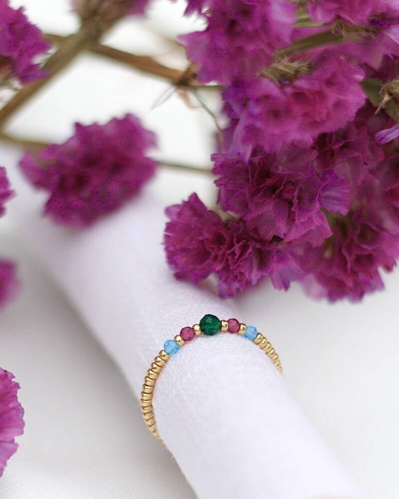 COLORFUL FACET RING
