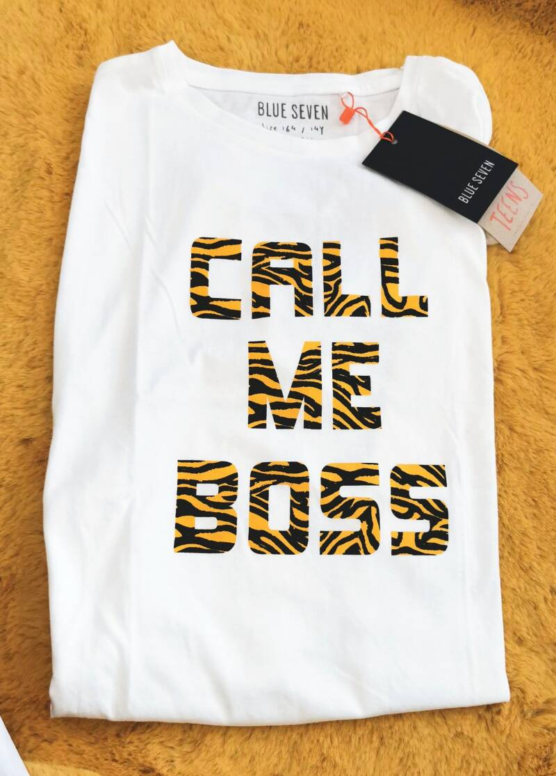 "Shirt wit met tekst ""Call me Boss"""