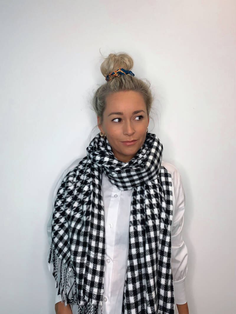 Black Checkered Scarf