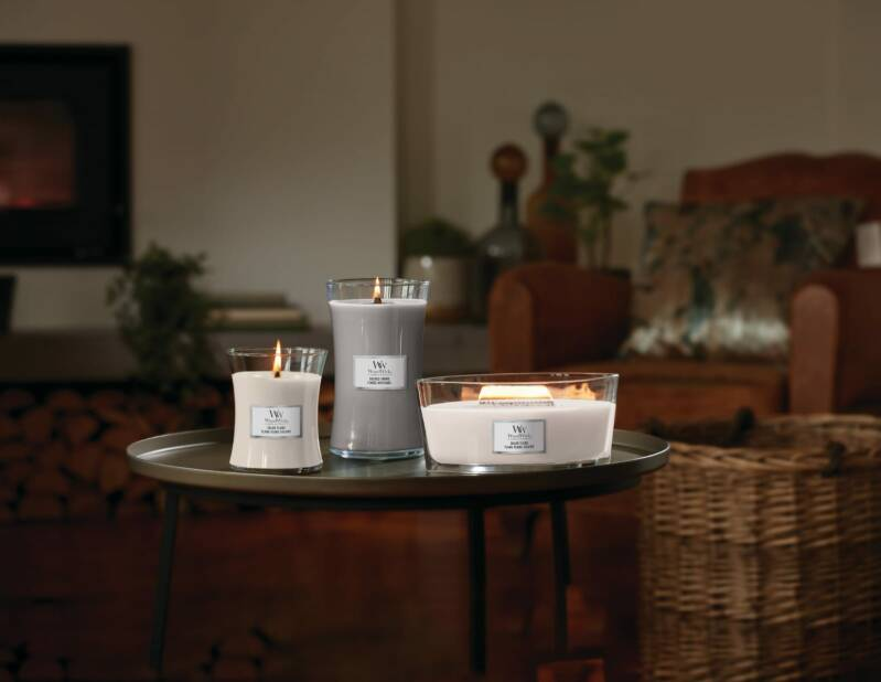 WoodWick geur White Honey en Sacred Smoke