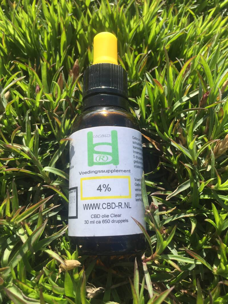 30 ml CBD olie 4% geel label Clear