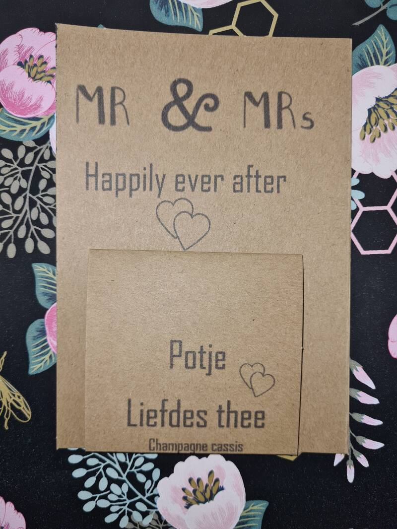 1056 Mr & Mrs happy ever after