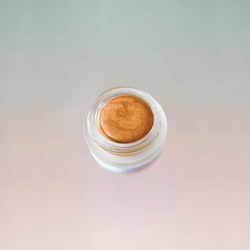 Luna | Highlighter and Lip Balm in one