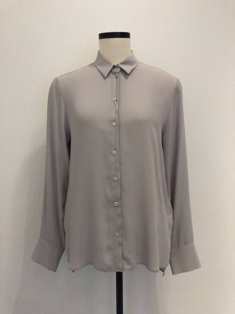 NADINE H SILKY CLASSIC BLOUSE GREIGE
