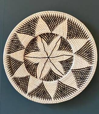 Rattan wall decoration M