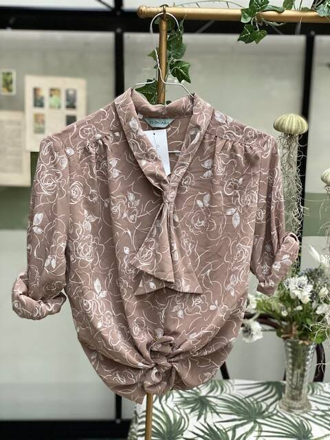 Vintage Blouse Forest TheDarling