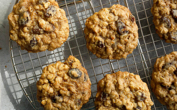 Signature Cookie -The Ultimate Oatmeal Supreme Cookie