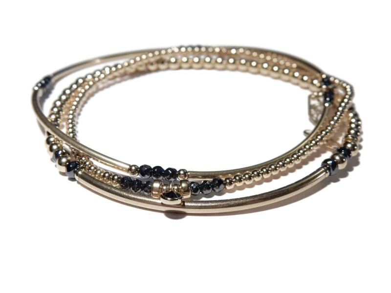 Set of three bracelets in 3 mm with onyx accents BFC1294