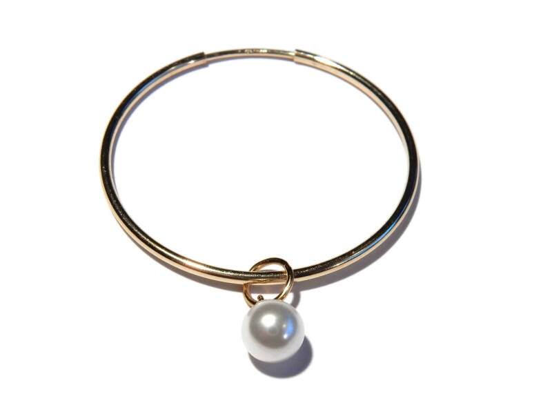 hoops large with crystal pearl