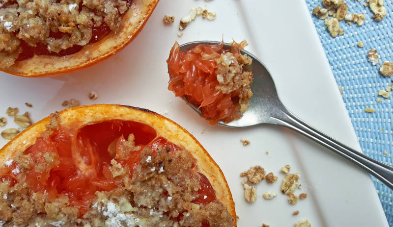 Warmegrapefruitmethavermoutcrumble273-1.jpg