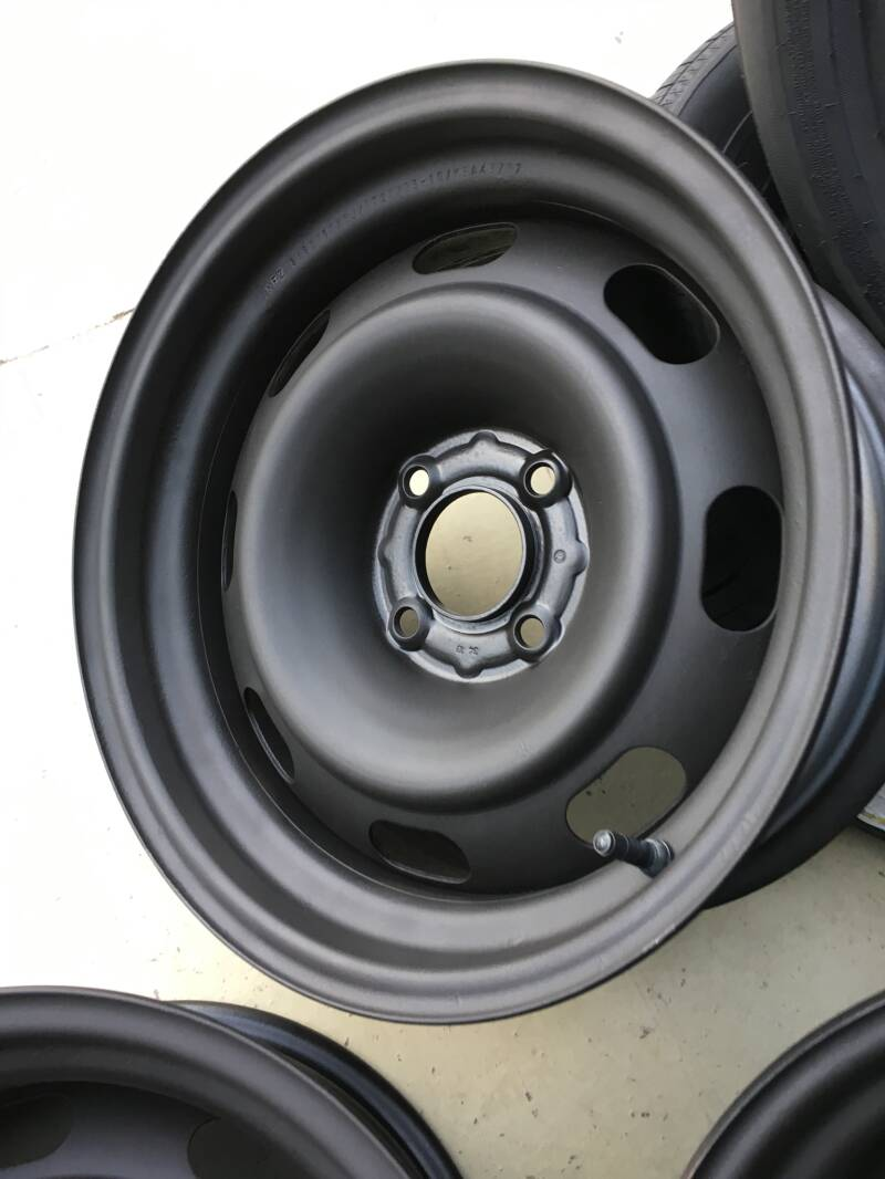 Verbreed staal 15 inch 4x108 7j/8j et27
