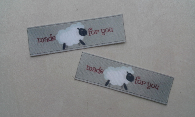 Label satijn Made for You schaapje (2st.)