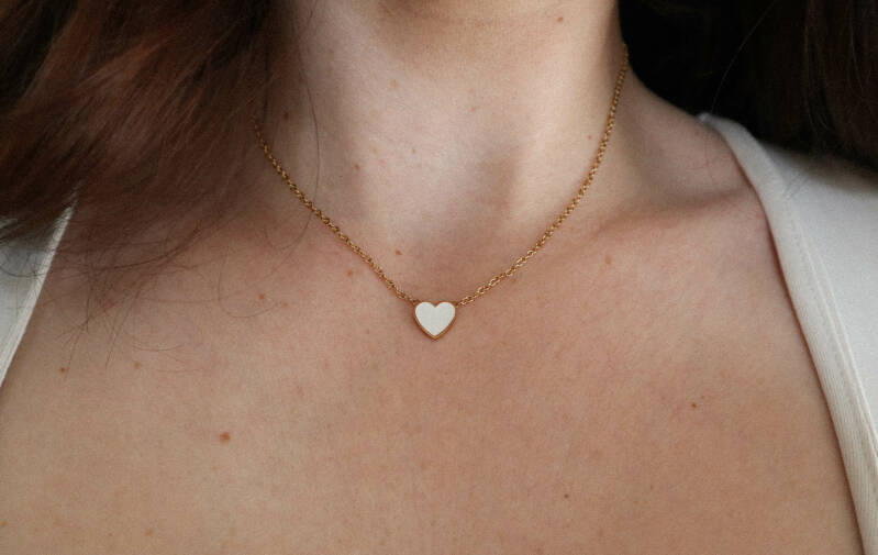 White heart necklace