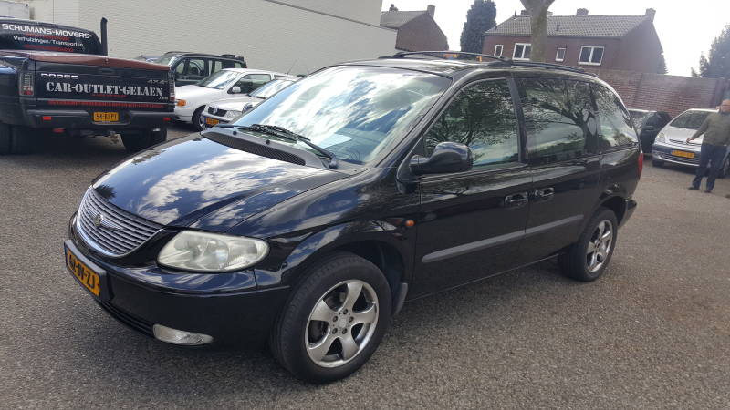 CHRYSLER VOYAGER 2.4 7 persoons