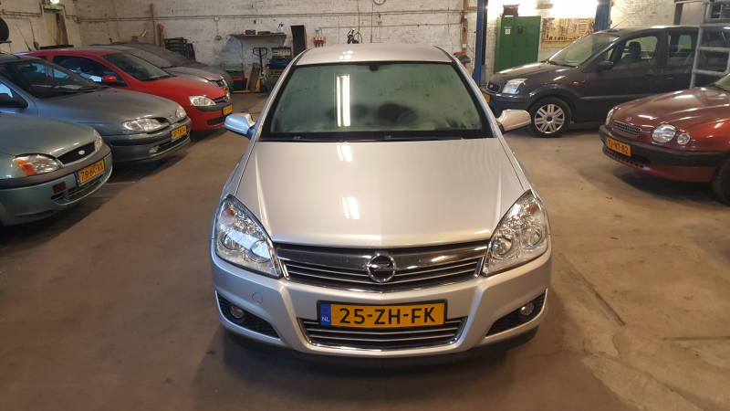 OPEL ASTRA 1.8 AUTOMAAT !!!!!!