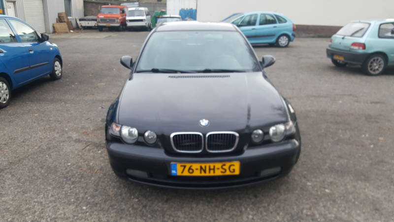 BMW COMPACT  2.0L!!!!
