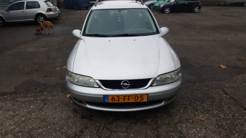 OPEL VECTRA STATION