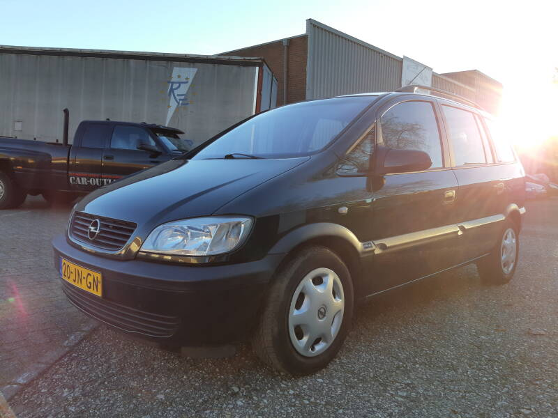 OPEL ZAFIRA A 7 PERSOONS