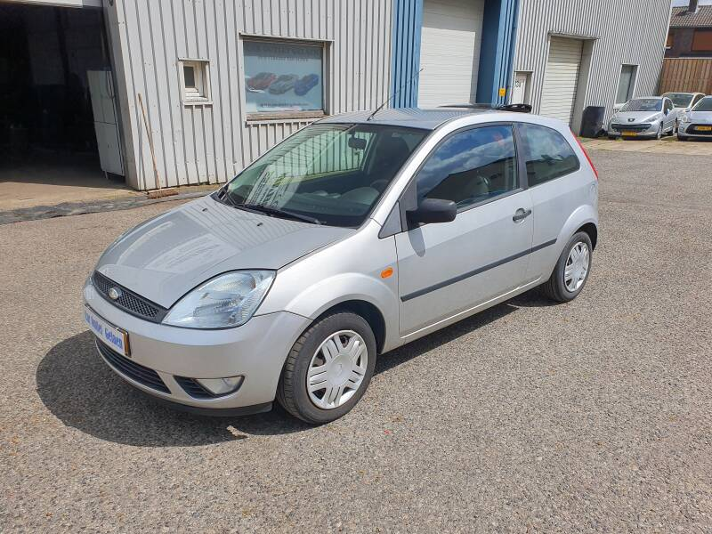 FORD FIESTA STYLE 1.3
