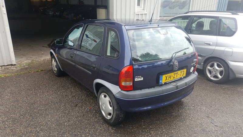 OPEL CORSA 5DRS AUTOMAAT