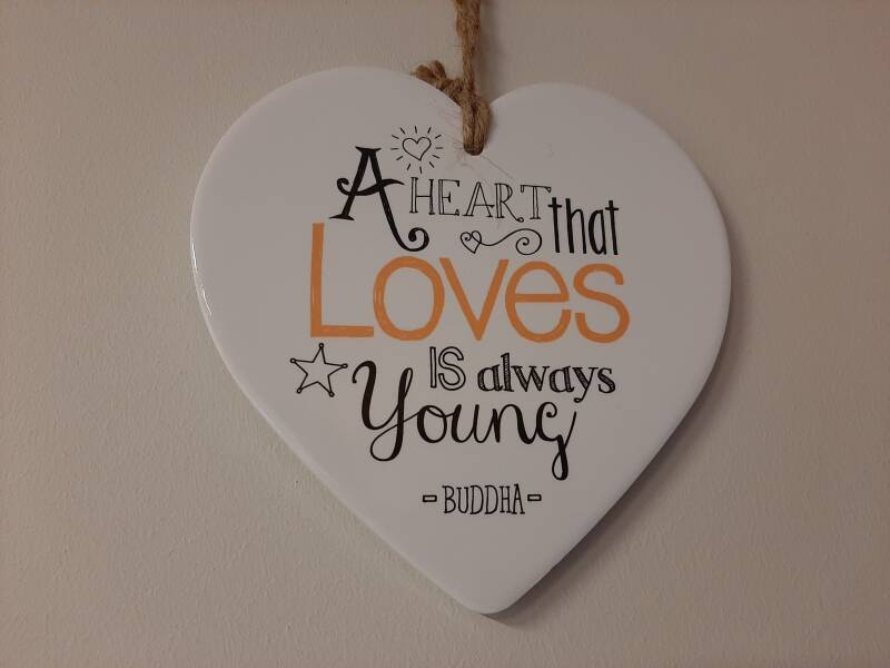 Hartje voor jou! A heart that loves is always young