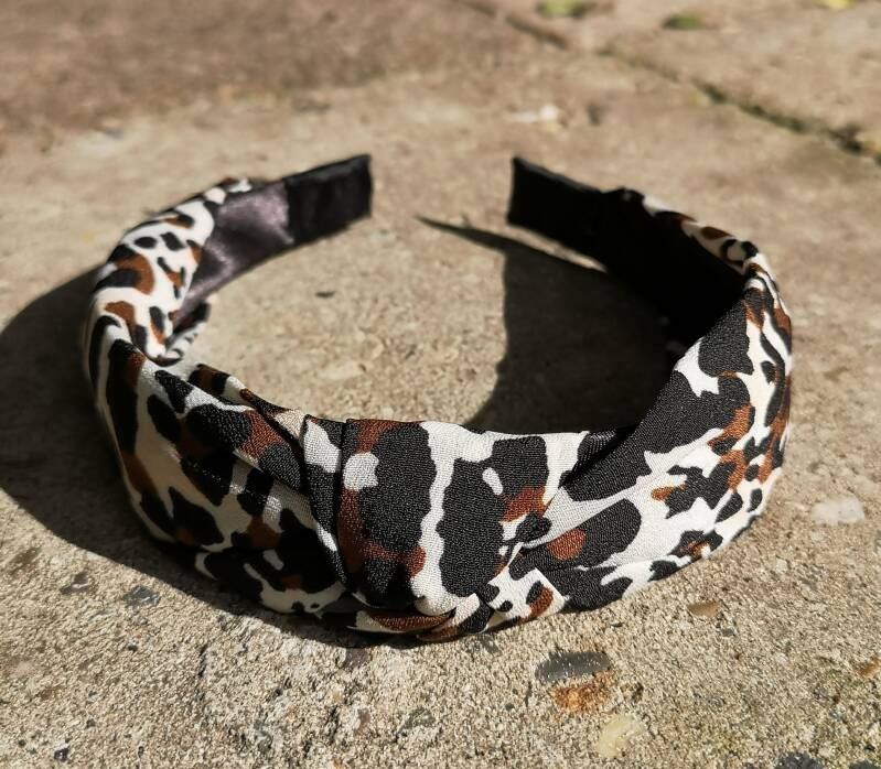 "Haarband ""Leopard cool white"""