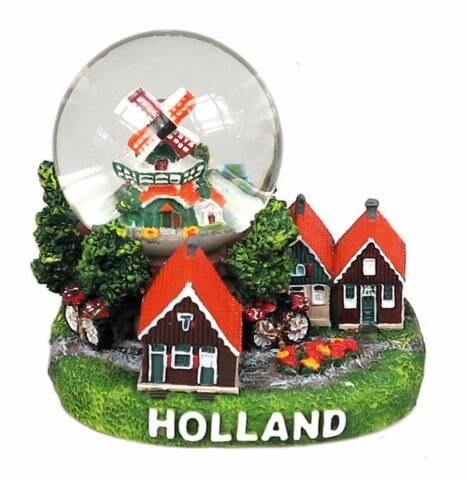 Snowglobe holland village