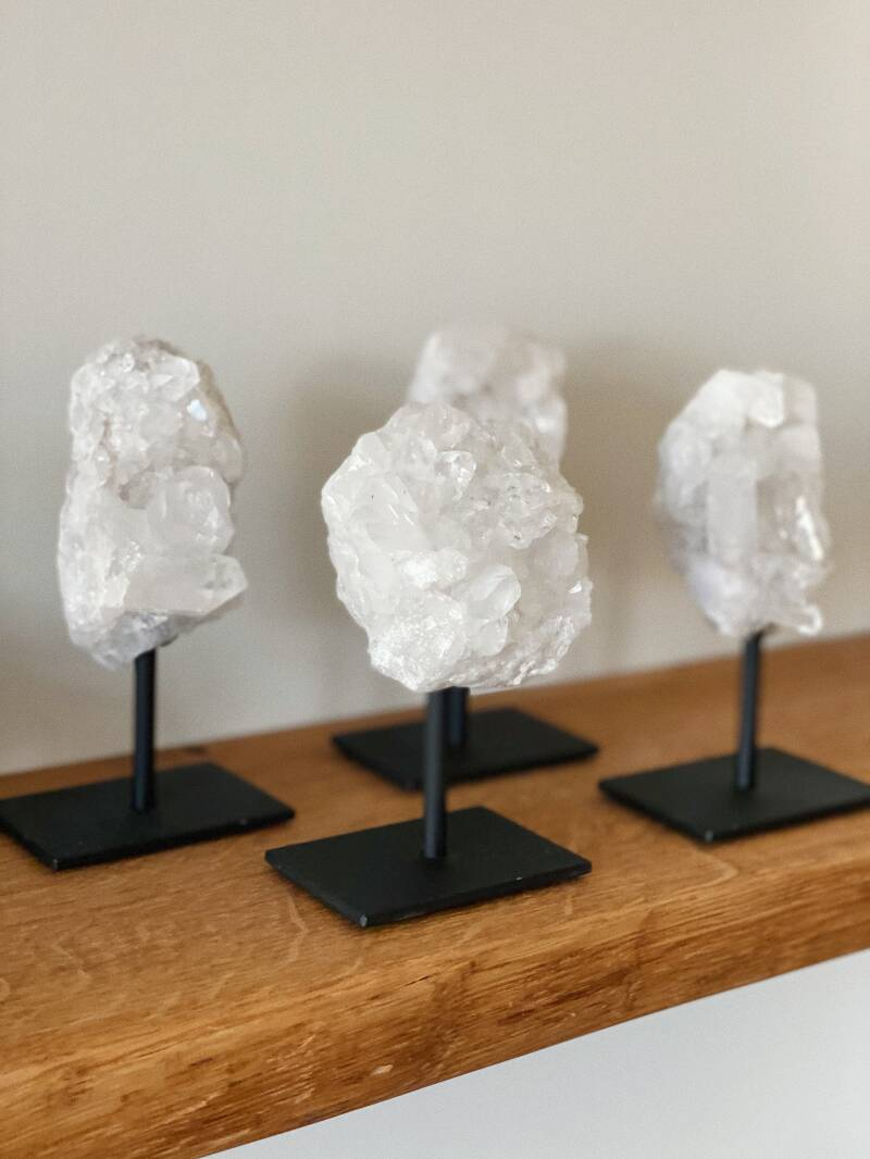 Rock Crystal On Stand (S)