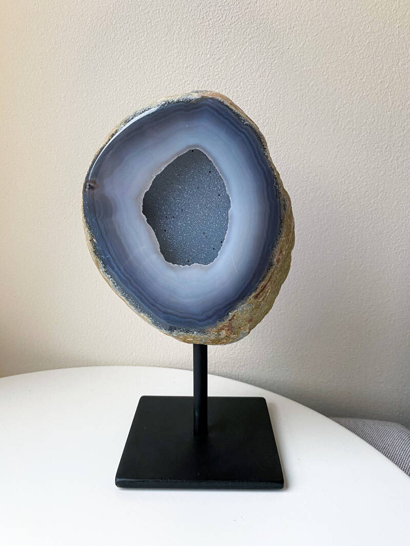 Agate On Stand XL (01)